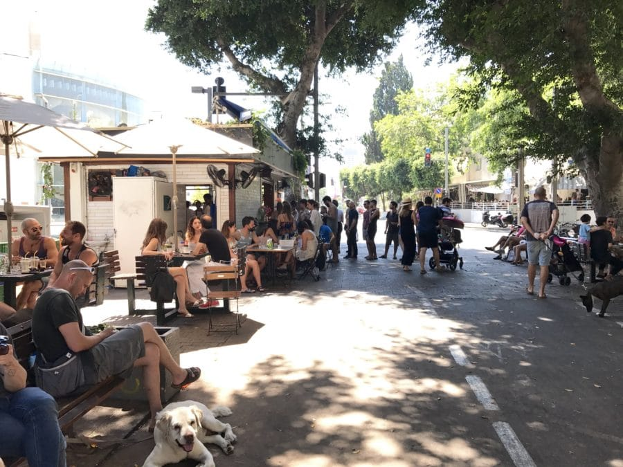 Cafe am Rothschild Boulevard