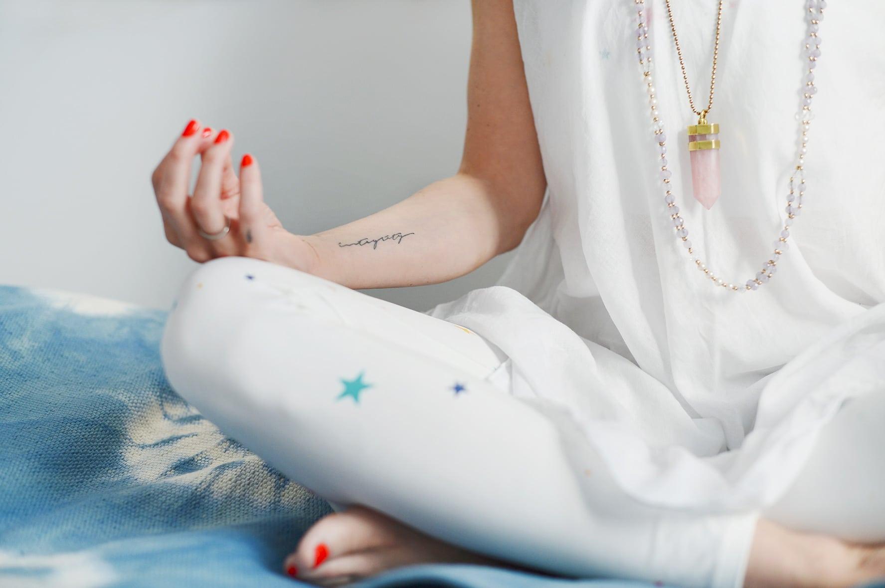 geführte-meditation-schneidersitz